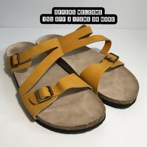 Cliffs by White Mountain Footbed Sandals Size 11W